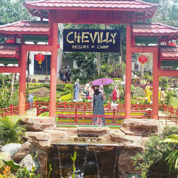 chevilly resort and camp